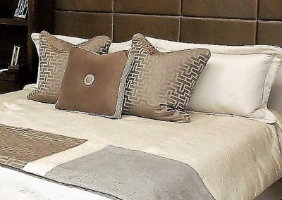 box pillows -Flanged edge-knife edge-bedding